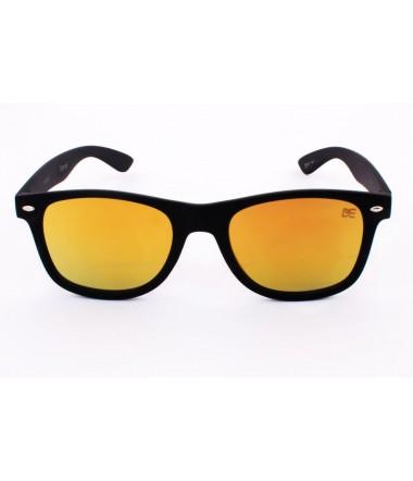 95631d572640f Óculos de sol quadrados transmitem um ar retrô e requintado - Drop mE